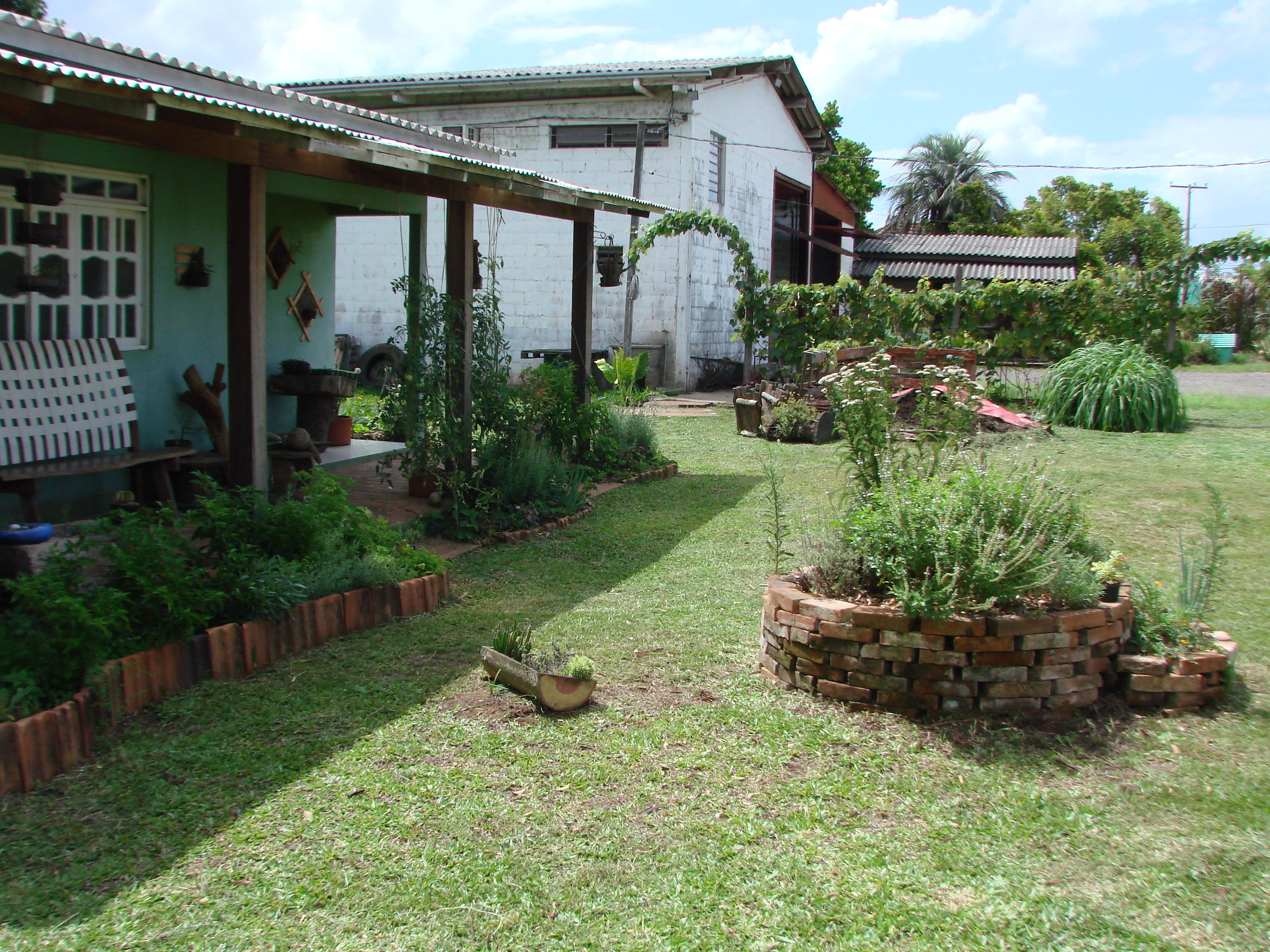 cerca viva para jardim fotosImagens Centro Ambiental Daterra